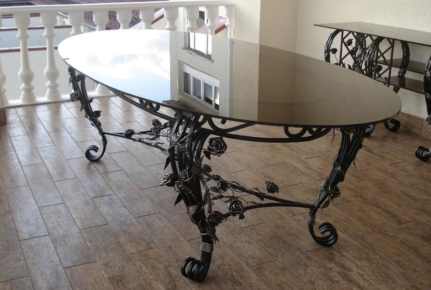 Кованые столы Севастополь